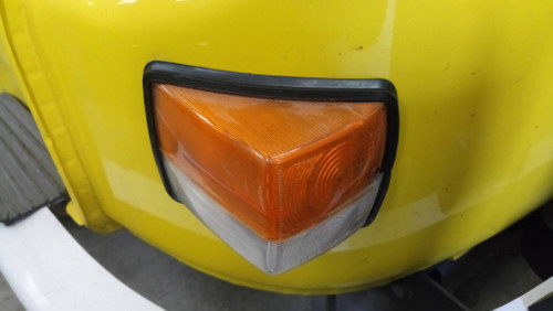 Renault Estafette turn signal glass seal http://vehicules-anciens.fr