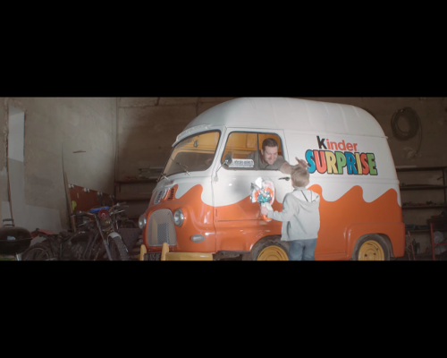 film_estafette_kinder_surprise_r2130_r2131_r2132_r2133_r2134_r2135_r2136_r2137_renault